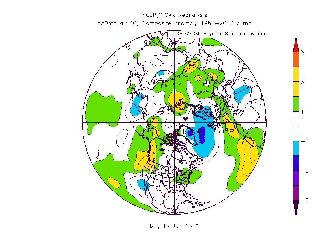 Kuva 3. Lämpötilan poikkeama pohjoiseslla pallonpuoliskolla 2015 touko-heinäkuussa. Siniset sävyt kuvaavat keskimääräistä kylmempää ilmamassaa. Valkoiset alueet ovat liki keskiarvoissa.