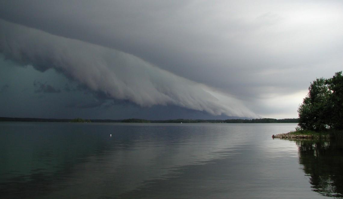 Myrsky vai myrsky?