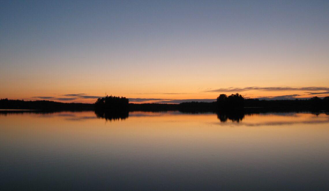 Lämmin vuosi Etelä-Suomessa ja maailmalla